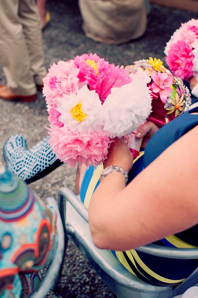 goulashespaperflowerswedding.TerrainatStyers.AlisaTonggCelebrant.JoyeusePhotography