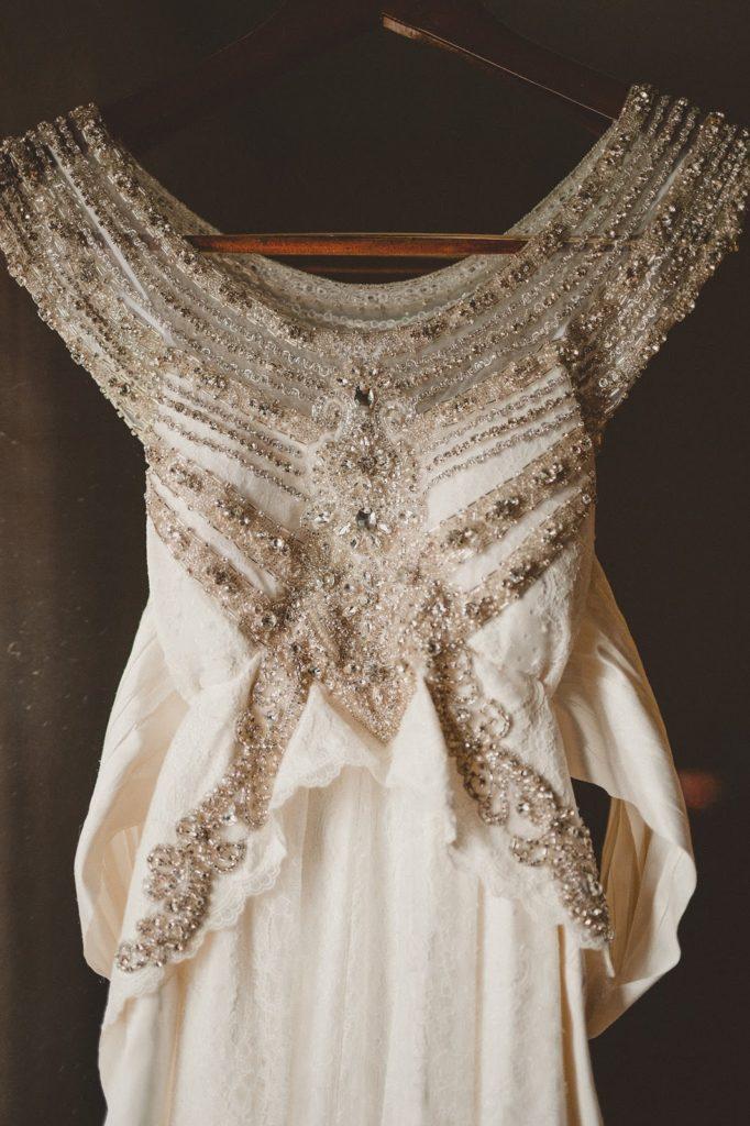 Ashleys dress Alisa Tongg Celebrant Front Palmer wedding Pat Robinson Photography
