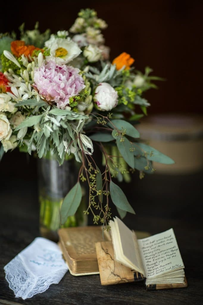 Bouquet and Books Alisa Tongg Celebrant Family Vow Renewal at The Living Wall at Promise Ridge Jeremie Barlow Photography