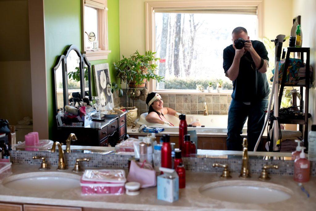 alisa tongg as wonder woman and photographer rob yaskovic