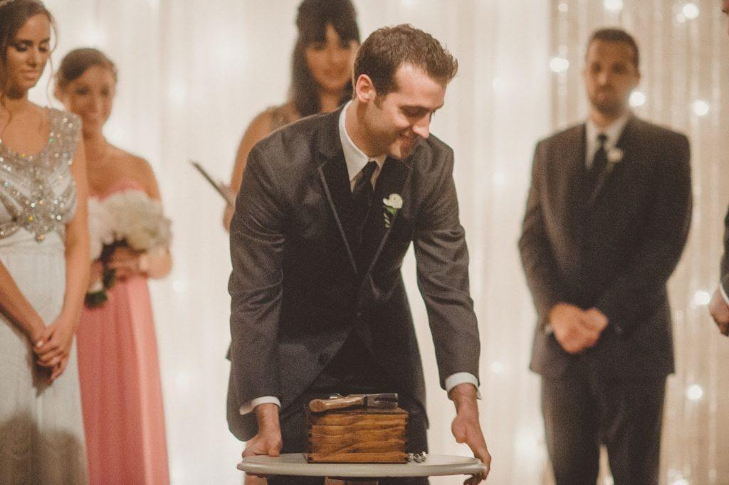 bring out the box alisa tongg celebrant front palmer wedding pat robinson photography