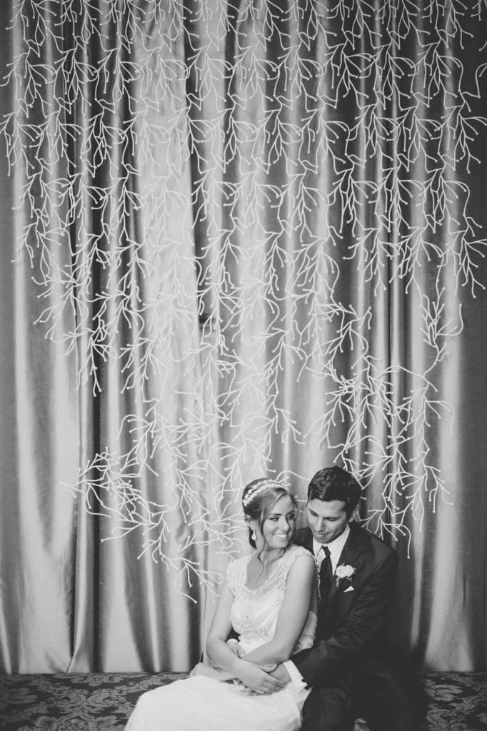 couple portrait alisa tongg celebrant front palmer wedding pat robinson photography
