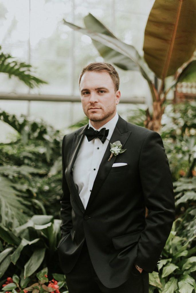 dan portrait alisa tongg celebrant horticultural center wedding m2 photography