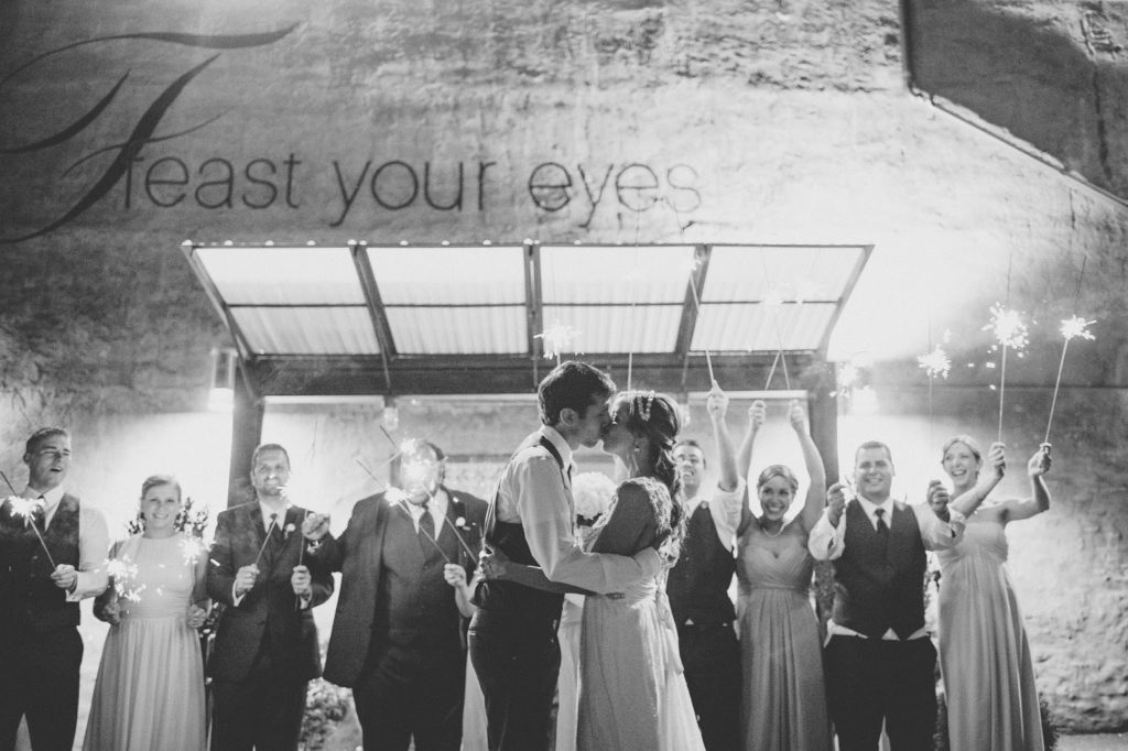 feast your eyes sparkle kiss alisa tongg celebrant front palmer wedding pat robinson photography