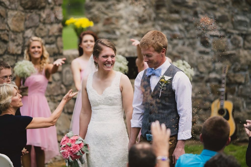hannah and brian sell birdseed recessional