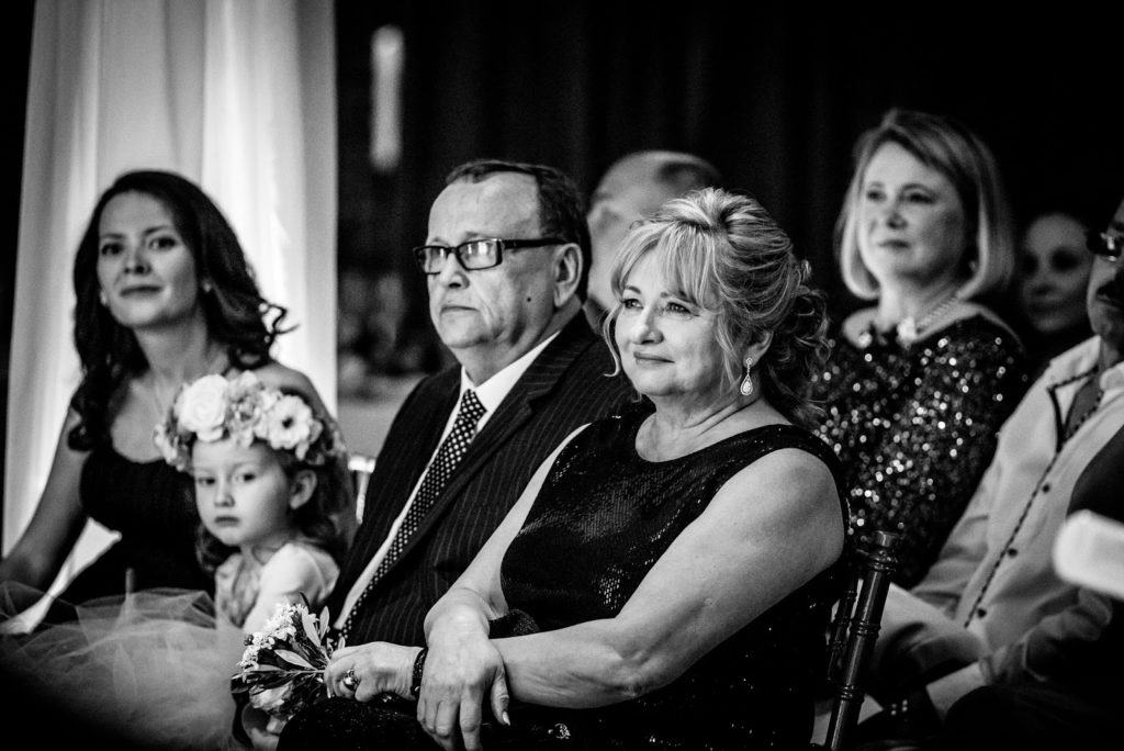 parents alisa tongg celebrant front palmer werth photography